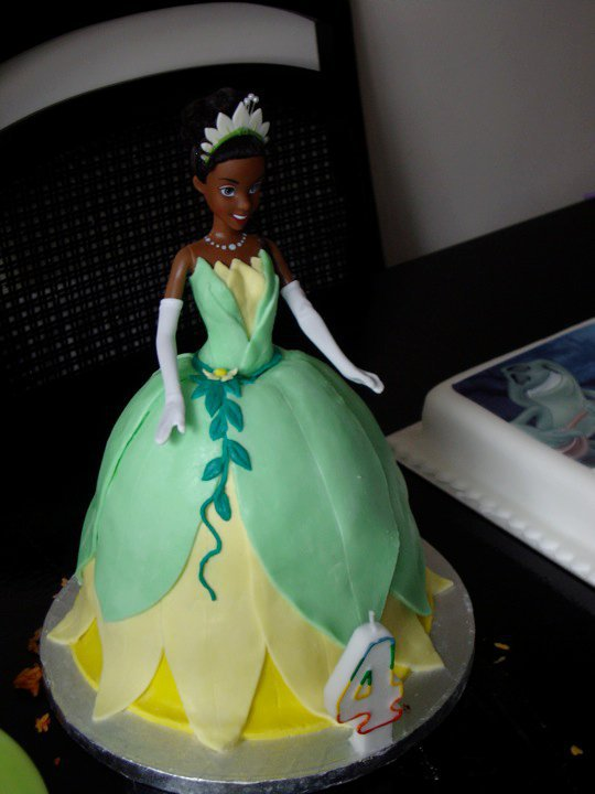 Princess Tiana Cake by SugarTreece123 on DeviantArt