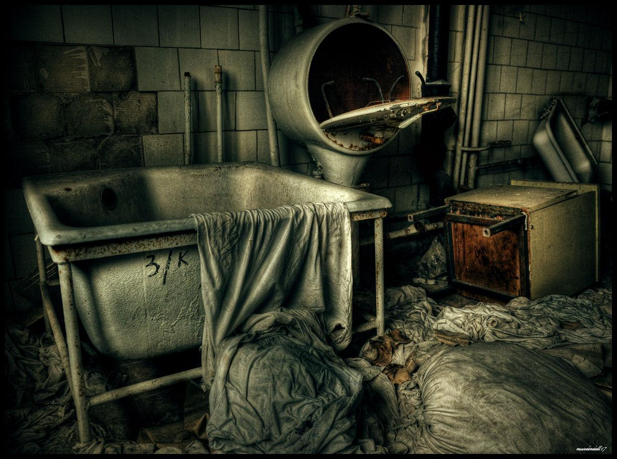 Sterilizer of filth by Murderdoll17
