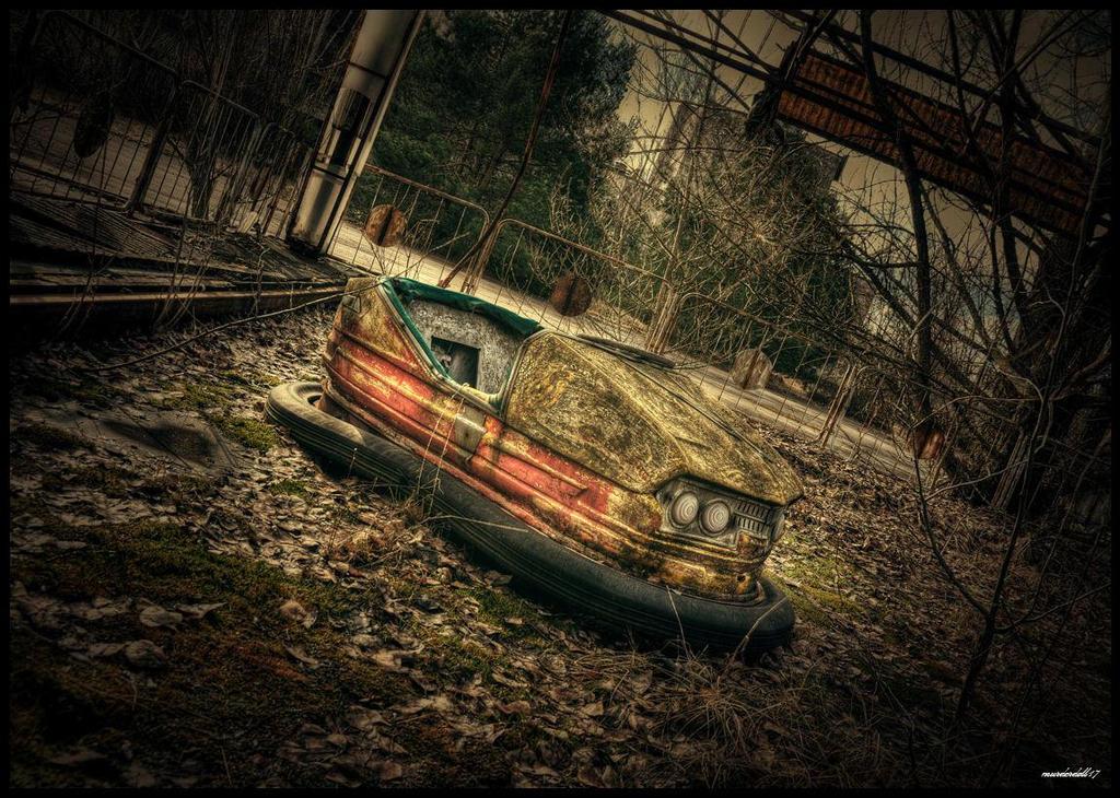 Loner... by Murderdoll17