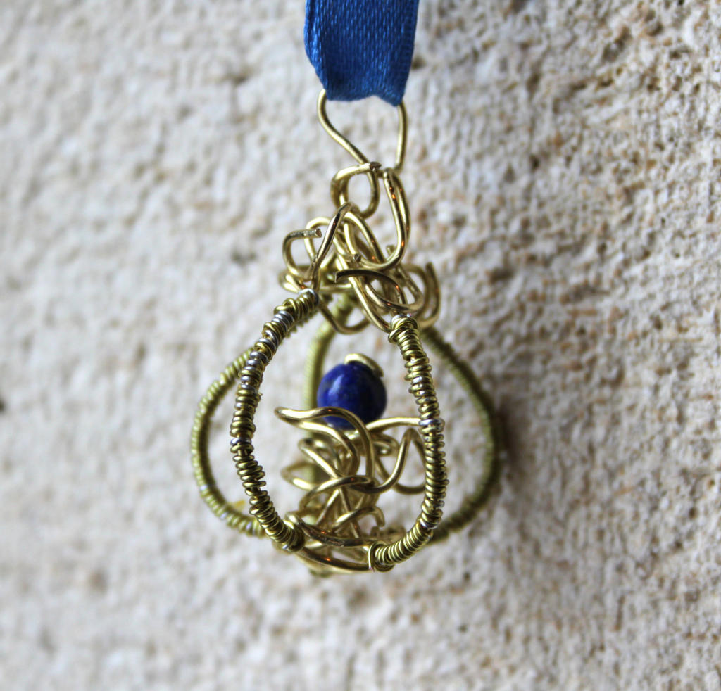 Pendant - Lapis lazuli and Brass by Eimiel