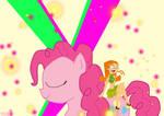 Izzy meets Pinkie Pie