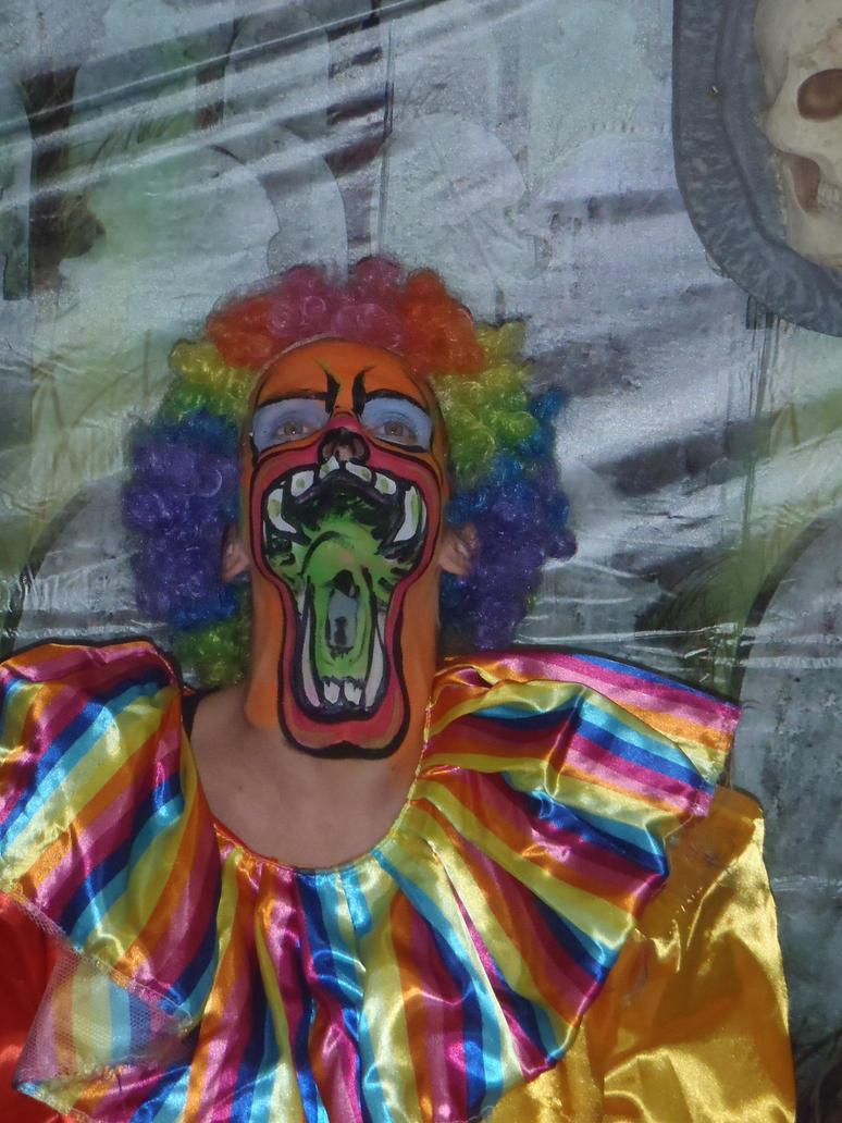 big mouth clown by dragonhuntr