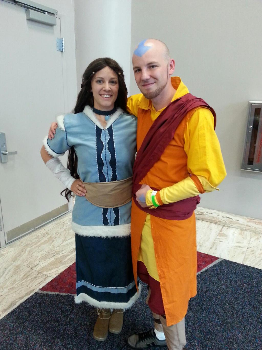 Adult Aang and Katara Cosplay - Old Friends by kateknitsalot on ...: kateknitsalot.deviantart.com/art/Adult-Aang-and-Katara-Cosplay-Old...