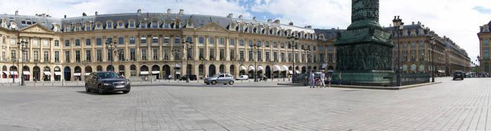 - Paris Square -