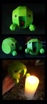 :la: paper toy