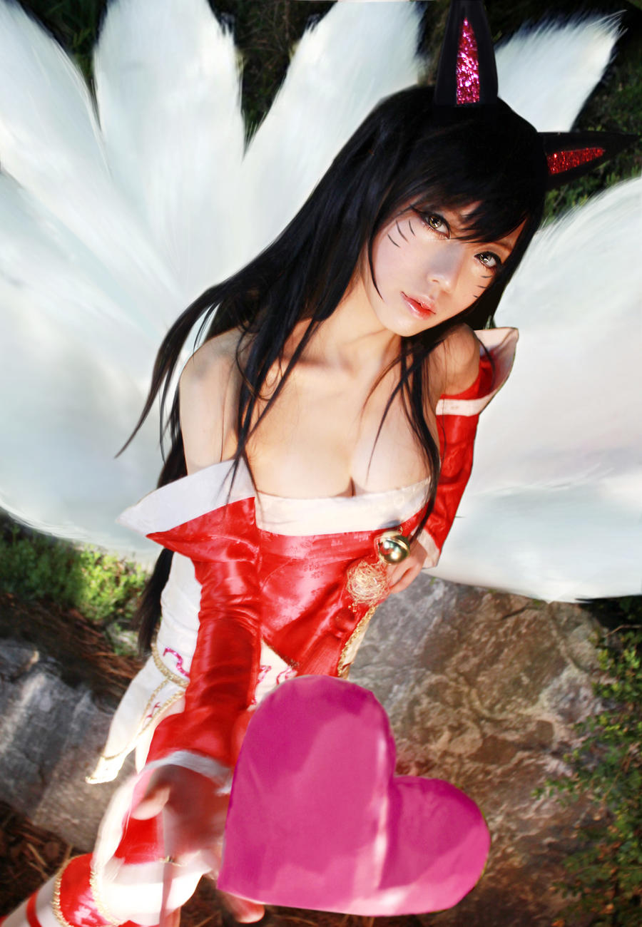 lol - Ahri by ekiholic
