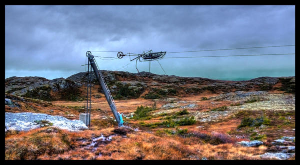 A lonely ski lifts endterminal by Pappa-terror