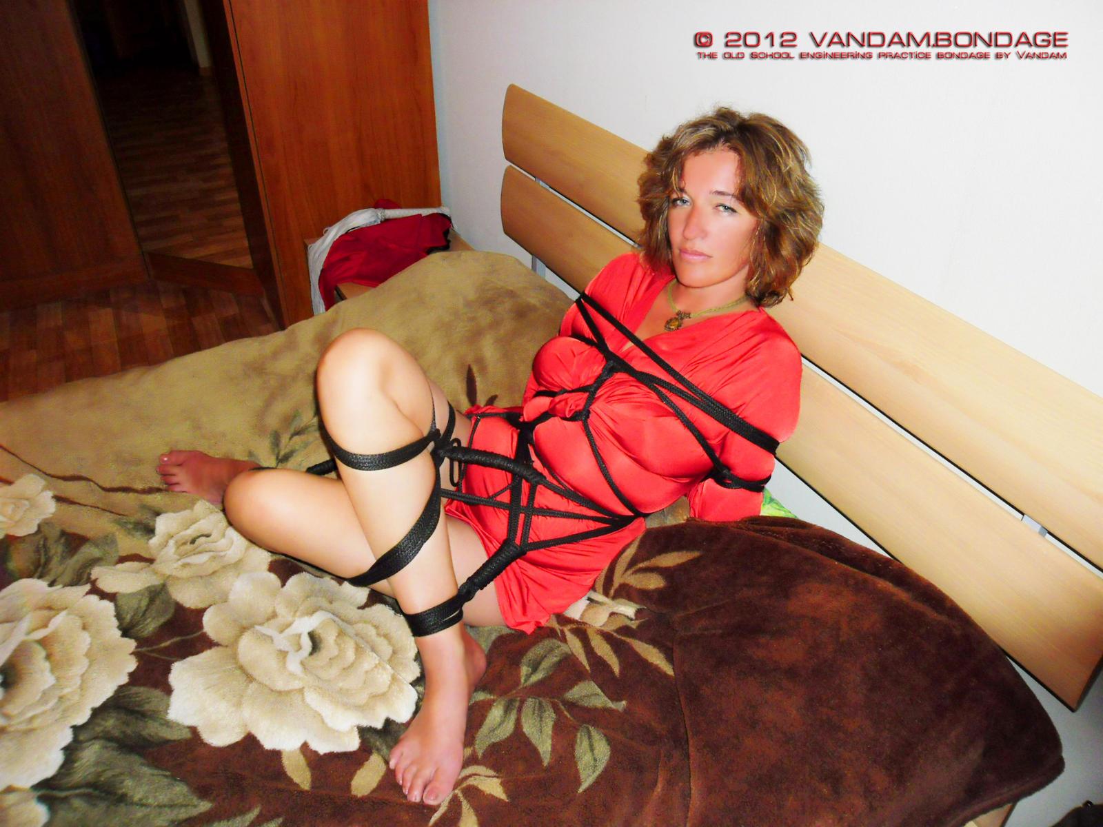 Glamor Bondage 59