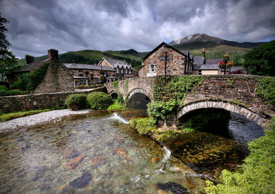 Beddgelert Village by ArwensGrace