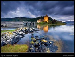 Eilean Donan Castle : Storm approaching