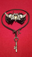 Steampunk Bow and Necklace