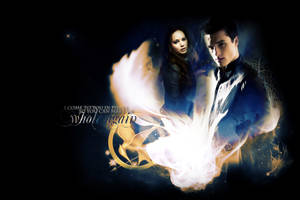 Katniss + Peeta - Pieces by ParalyzingLove