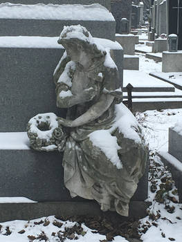 Statue at a grave at the Zentralfriedhof Vienna