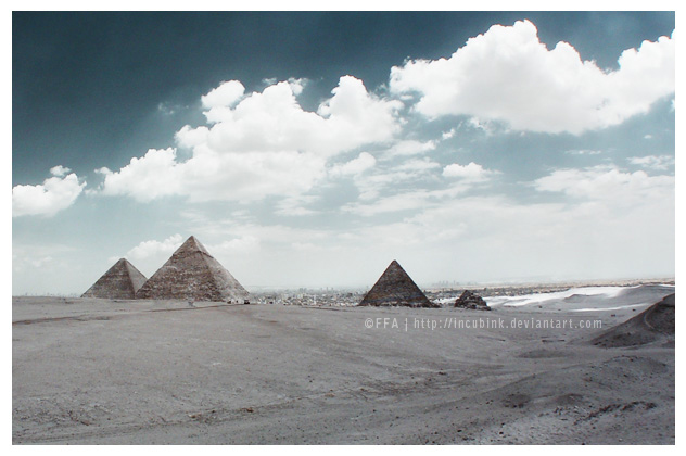 Pyramids by incubink