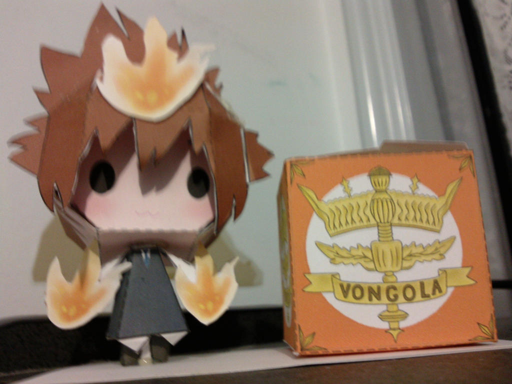 Tsuna + Vongola Box Papercraft by xMiiNTY