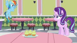 Rainbow Dash Takes the Cupcake by jerryakiraclassics19