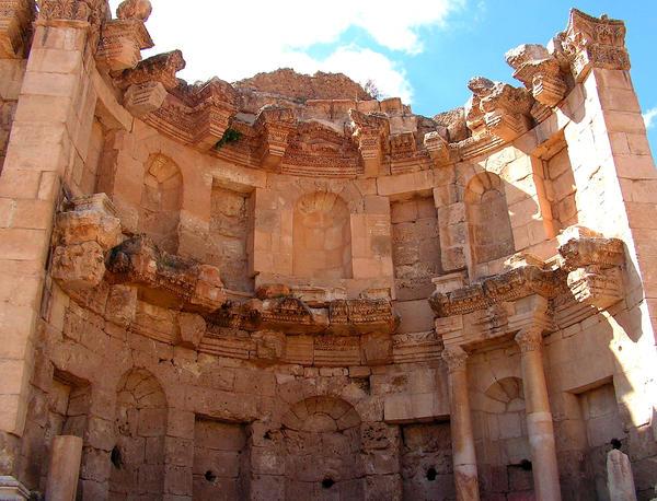 Palmyra Syria II by Jenvanw