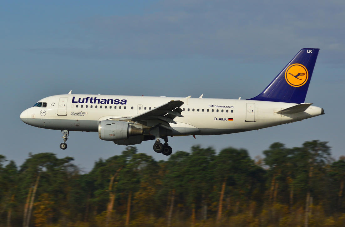 D-AILK - Airbus A319-114 - Lufthansa by mysterious-one