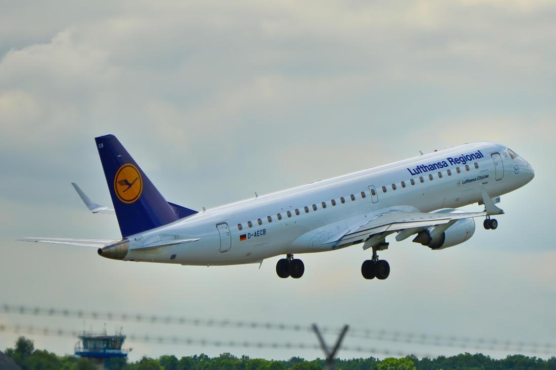 D-AECB - Embraer ERJ 190-200LR -Lufthansa CityLine by mysterious-one