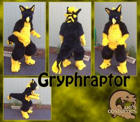 Gryphraptor Body Turnaround by Que-Sera-Sera