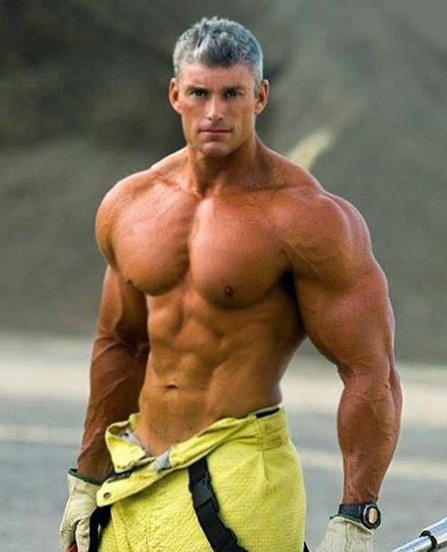 Für sexy morphs muscle daddy :)) Elle