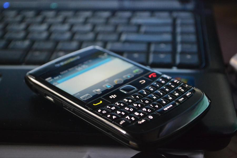 Blackberry Bold 9780 by meymeynard
