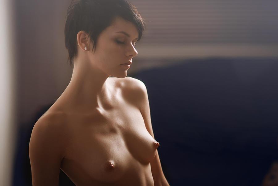 Фотографии большая грудь сиськи сиси сисечного свитка