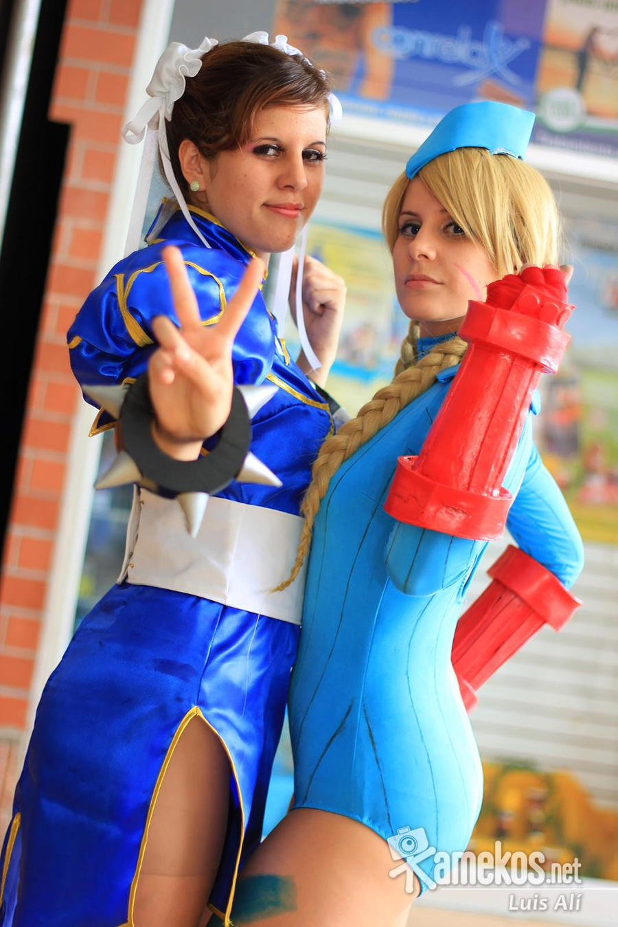 Chun-Li and Cammy Cosplay by x-Crys-x