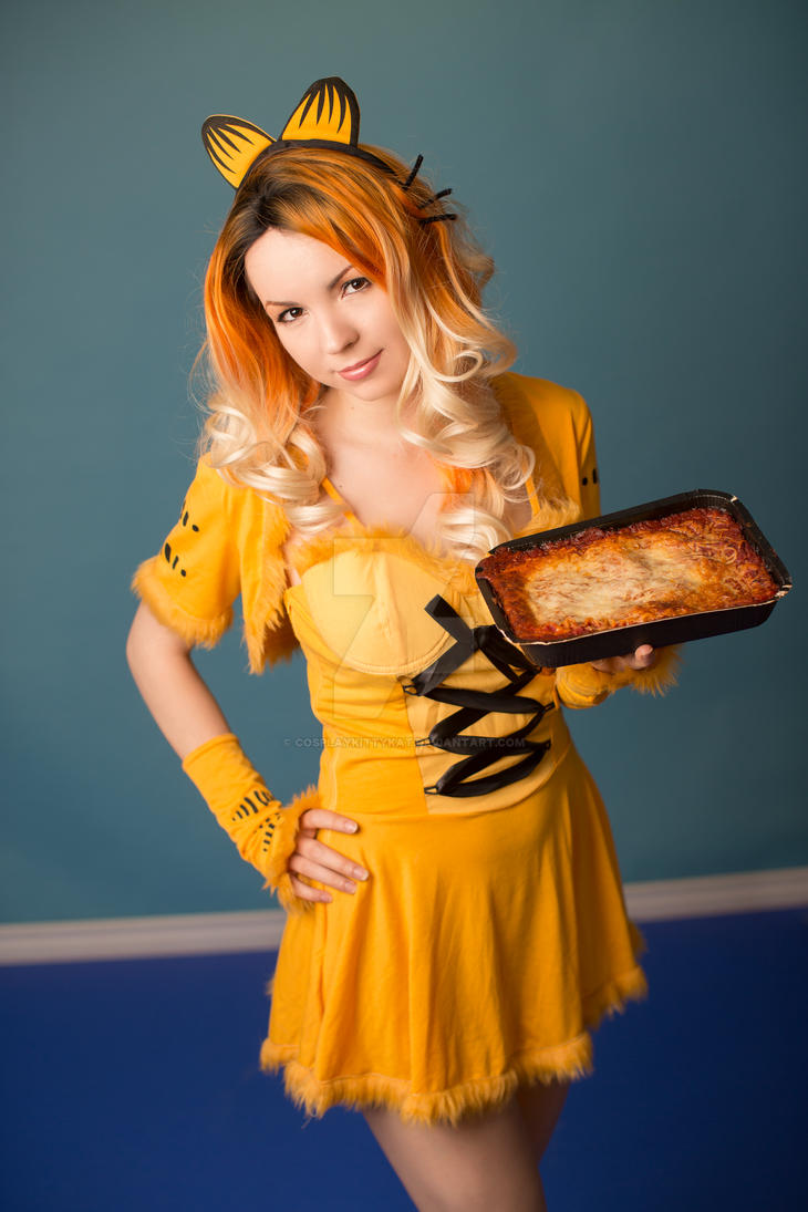 Garfield Loves Lasagna Cosplay by cosplaykittykat
