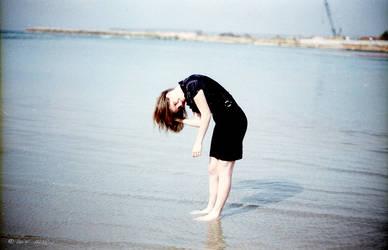 sea girl by avivi