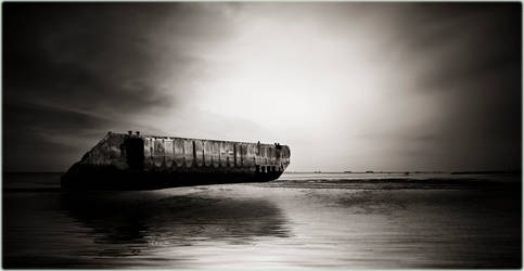 Arromanche.. 65 years later by spare-bibo