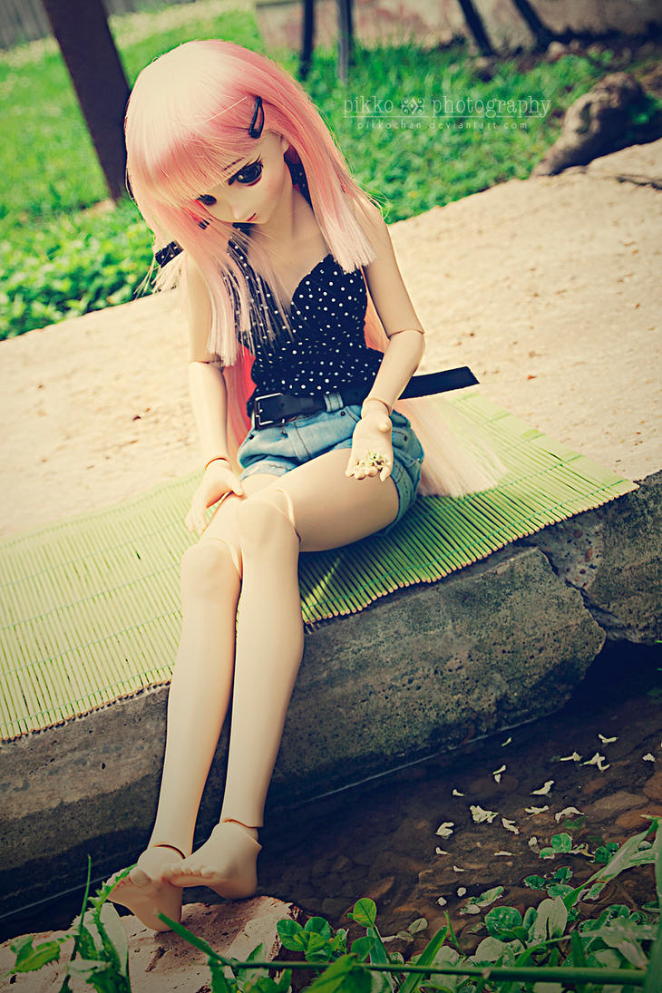 Summer by Pikkochan