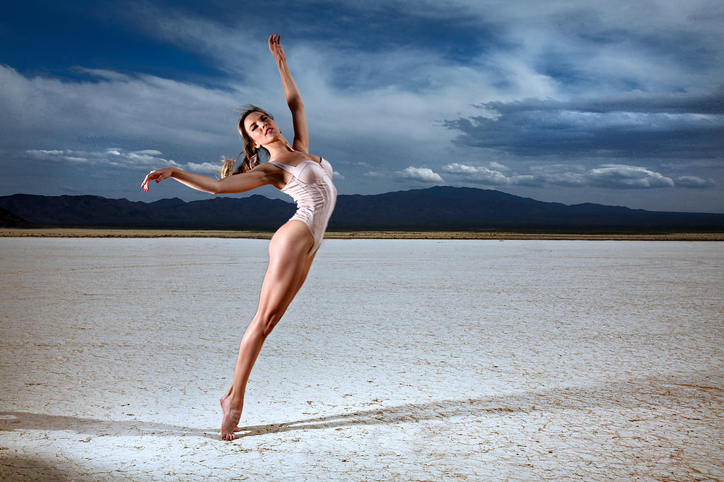 Dry Lake by abclic