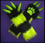 Monster Armwarmers Toxic