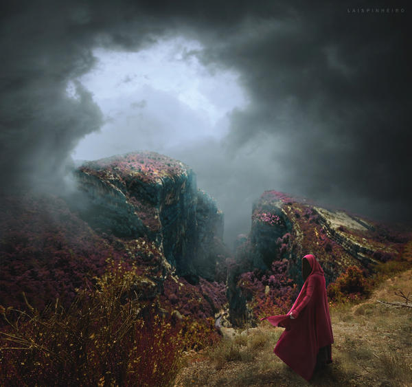 haunting mountain by Lais-Pinheiro