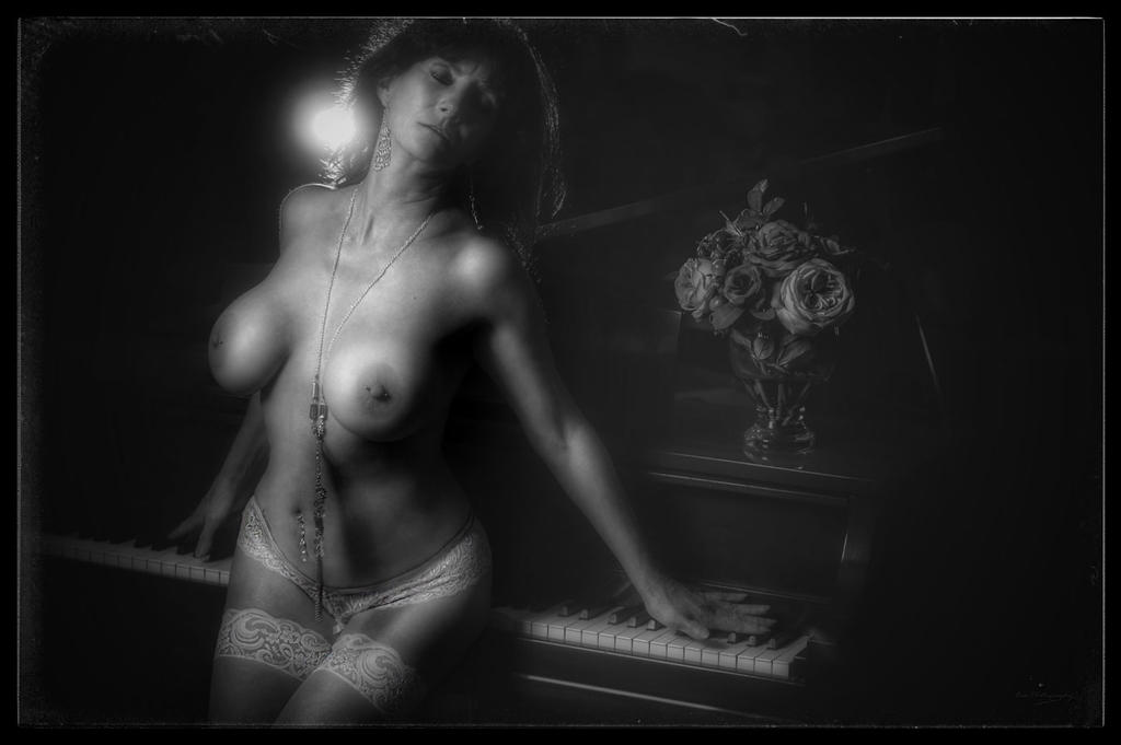 pianissimo by abmajor1