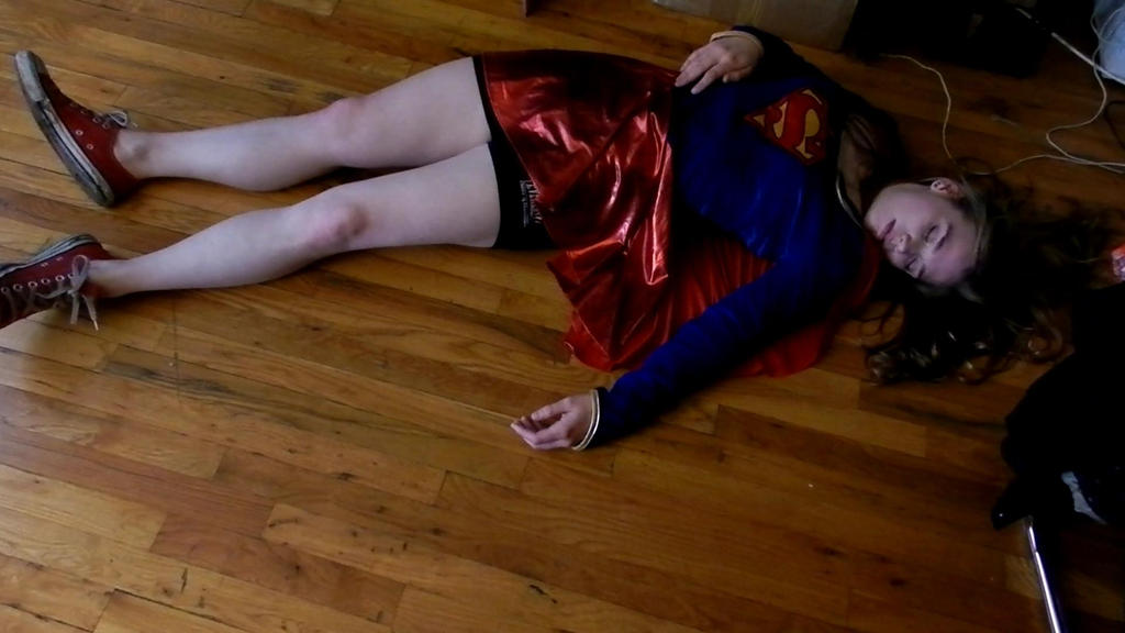 Sam the super girl dating