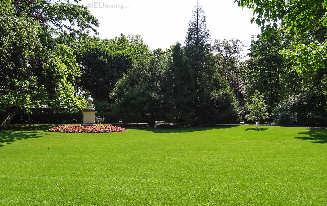 Picturesque view of the Luxembourg Gardens by EUtouring