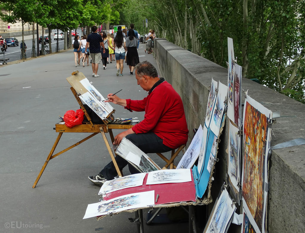 Local street artists in Paris by EUtouring