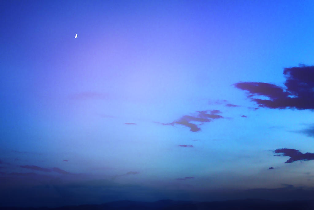 sunset_moon by Blancheflour
