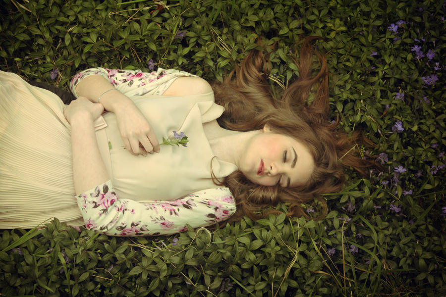 Lullaby by DarkVenusPersephonae