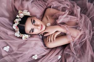 Dreaming in Pink by DarkVenusPersephonae