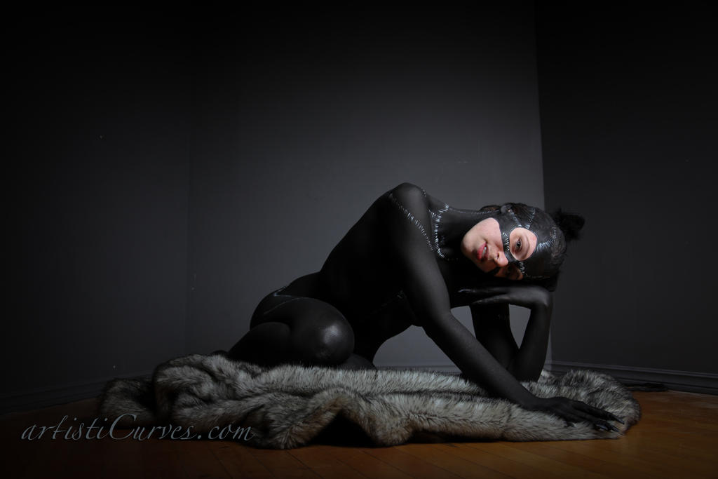 Catwoman body paint- comfy cozy by shelle-chii