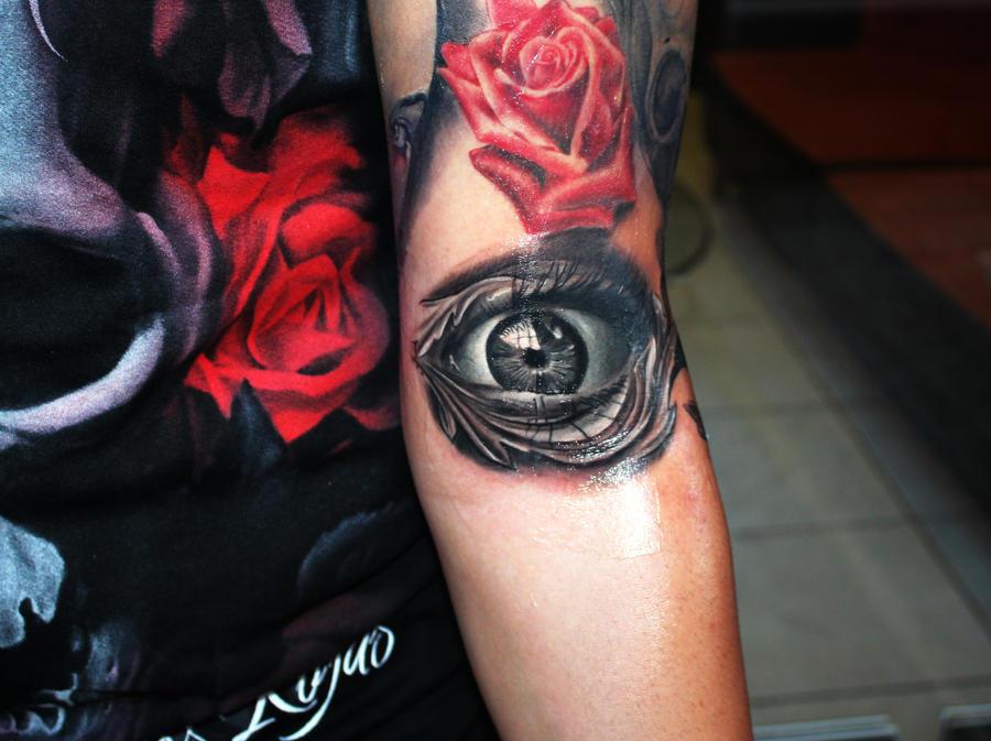 eye tattoo by proki