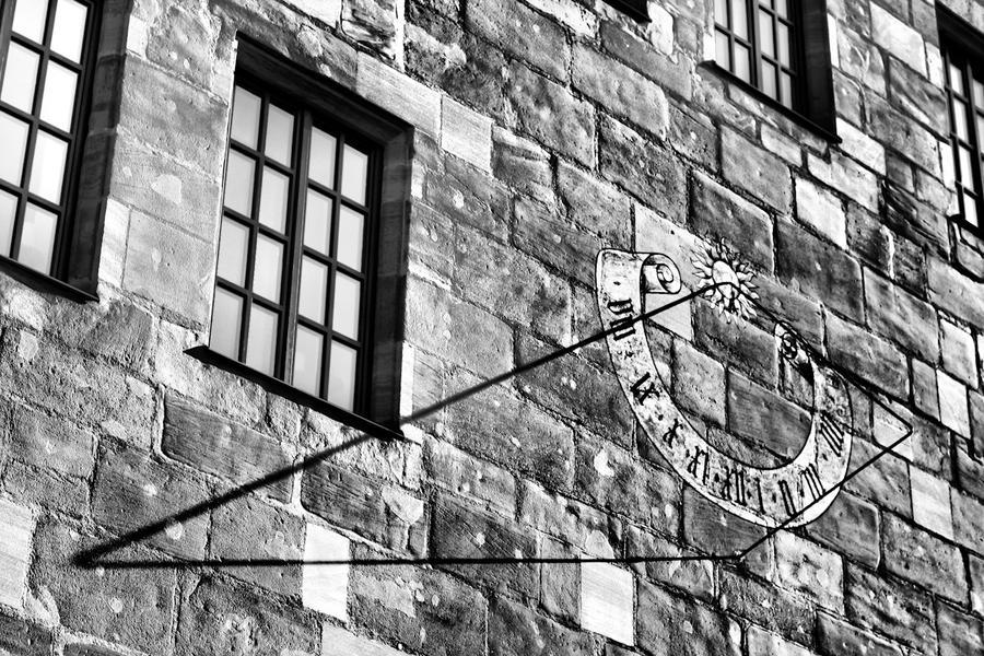 Фото: Солнечные часы в Нюрнберге