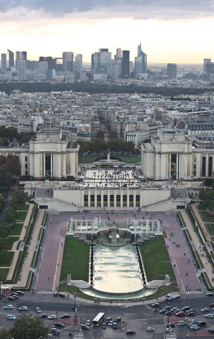 Фото: Вид на Париж с Эйфелевой башни