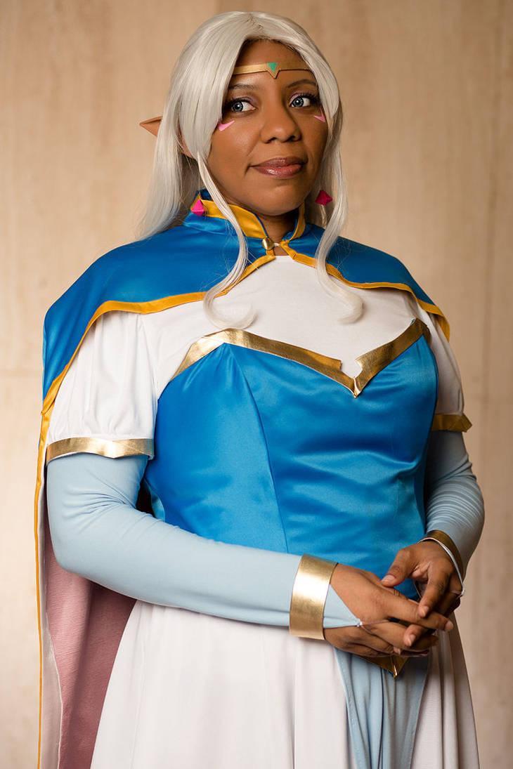 Defender of all Universes - Royal Portrait by HimeGabi
