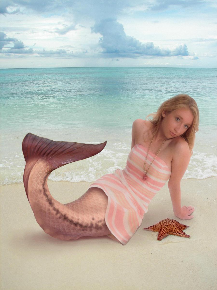 Seaside Dreams by TF-DiVinci
