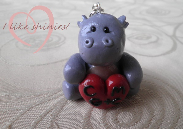 Keyring -: hippo love by ilikeshiniesfakery