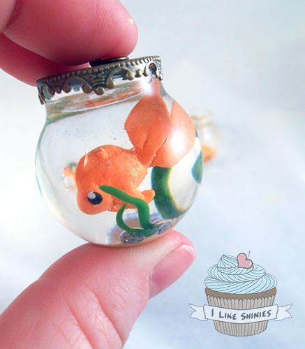 Fish Bowl necklace v3 by ilikeshiniesfakery